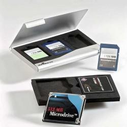 Pouzdro na paměťové karty stříbrné Durable 5309